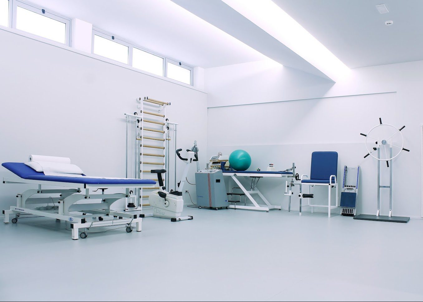 Esplosione Gela - Palestra riabilitativa - Santabarbara Hospital